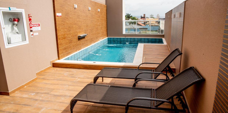 Área de lazer - piscina